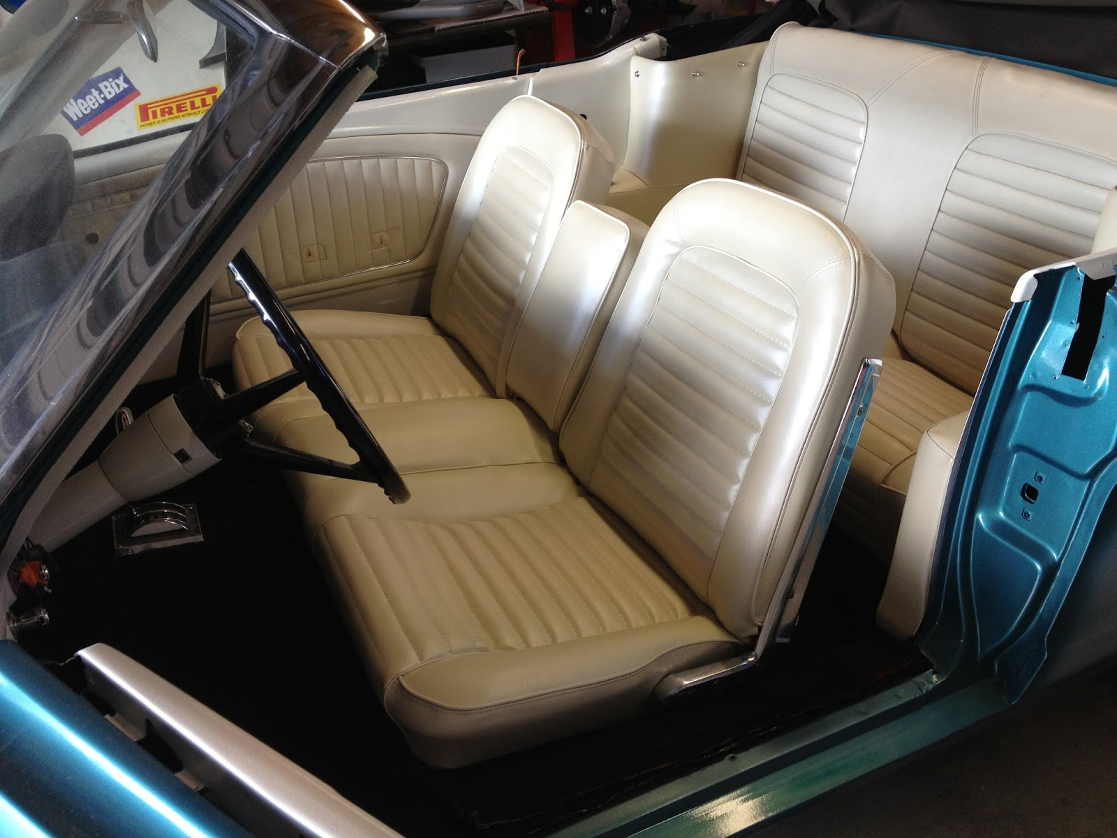 Very Impressive portraiture of  : 1965 Ford Mustang Rare Front Bench Seat and Centre Armrest with #2E7E9D color and 1600x1200 pixels