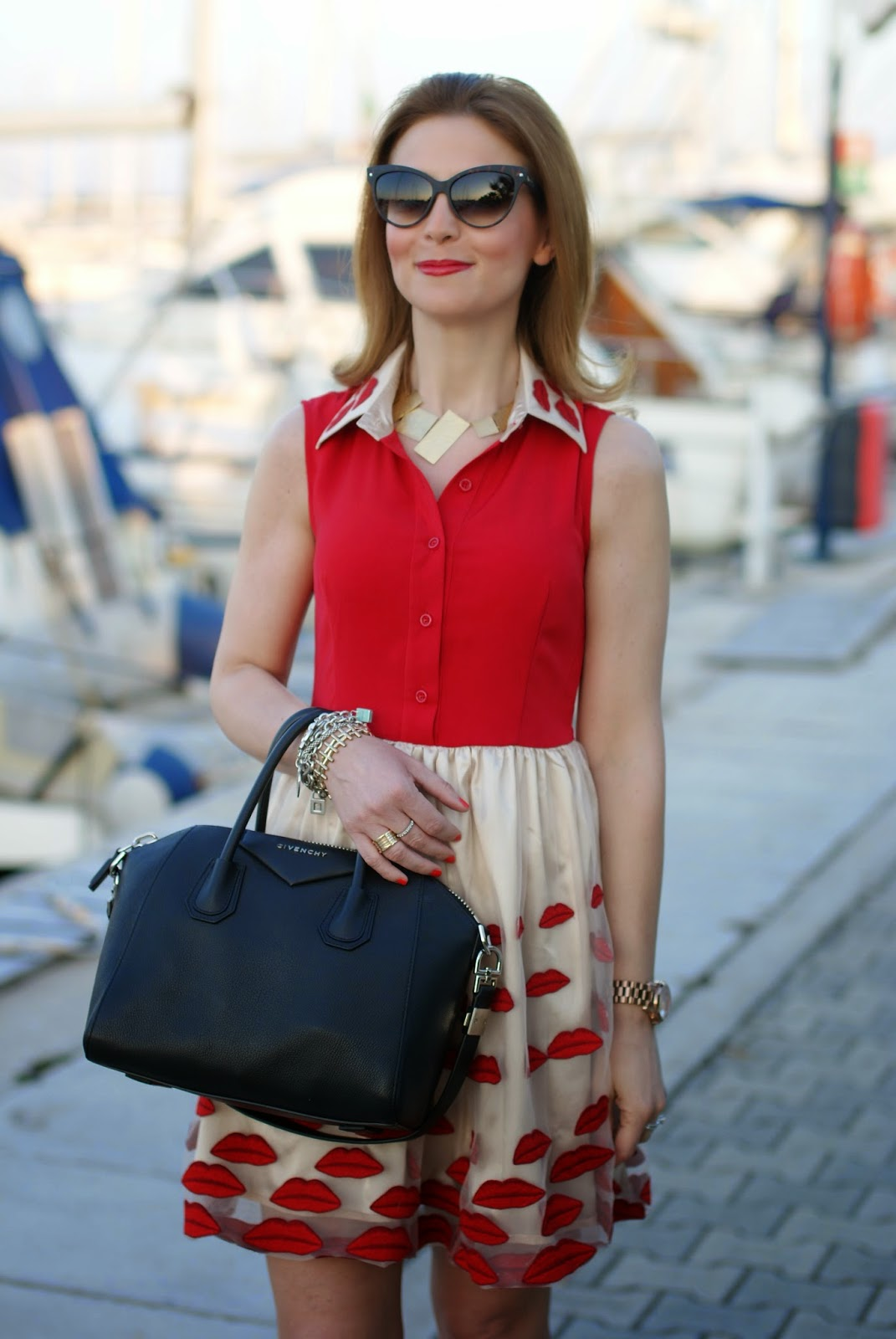 Choies red lips dress, Vitti Ferria Contin necklace, Givenchy Antigona black, Fashion and Cookies, fashion blogger
