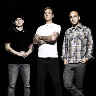 Alkaline Trio – I'm Only Here To Disappoint Lyrics | Letras | Lirik | Tekst | Text | Testo | Paroles - Source: emp3musicdownload.blogspot.com