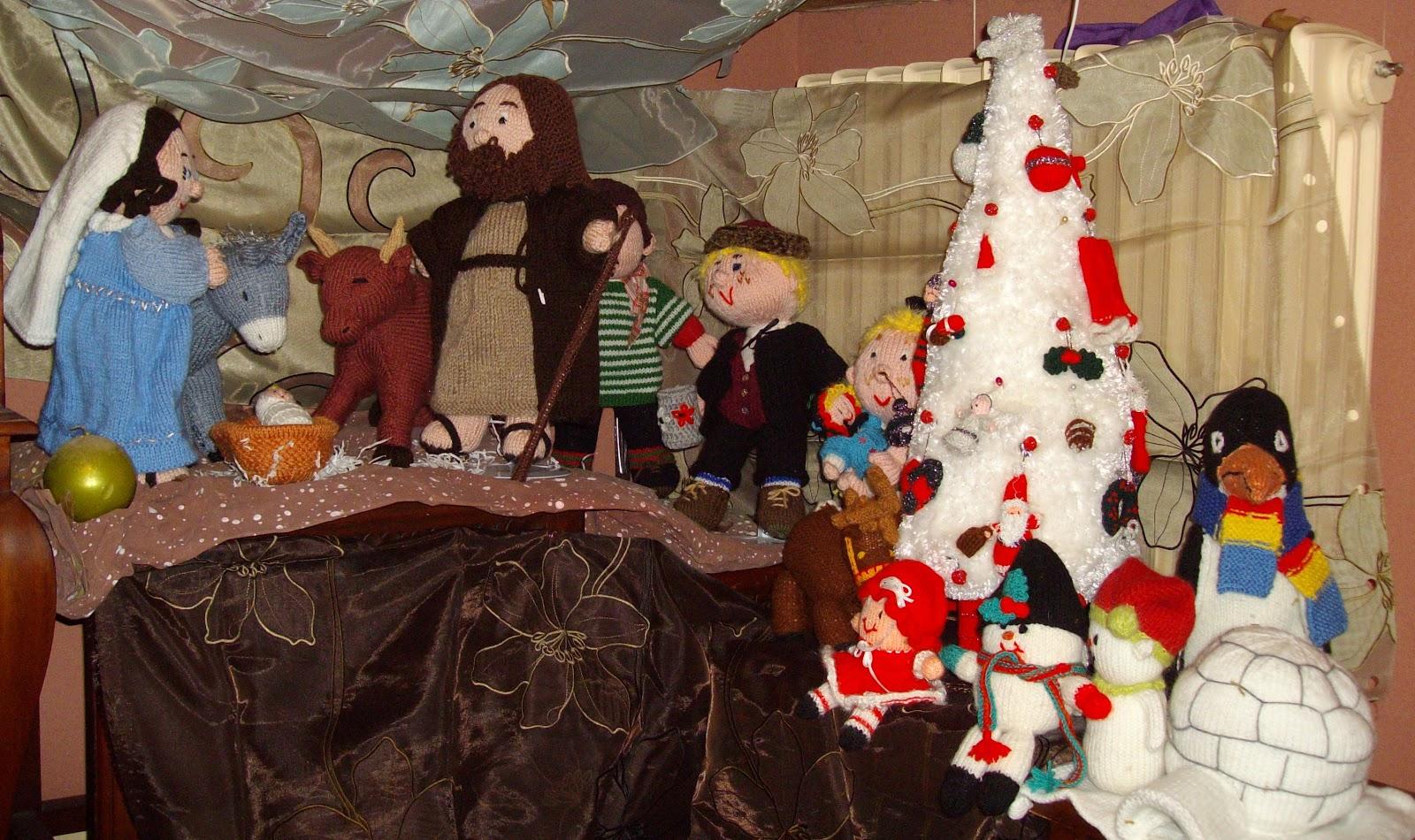 Du tricot et des jouets ma d coration de no l for Anne marie witmeur decoration