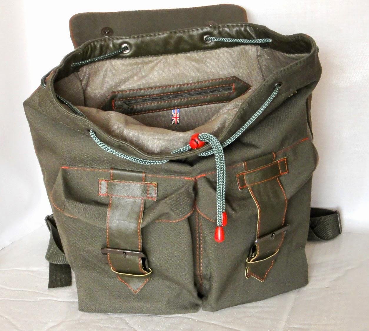 Сумка рюкзак для подростка: сшит из плотной ткани и натуральной кожи