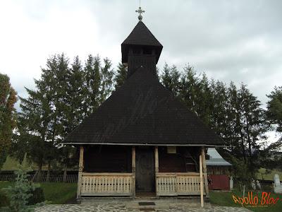 Manastire veche