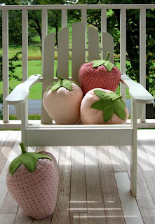 Подушки ягоды