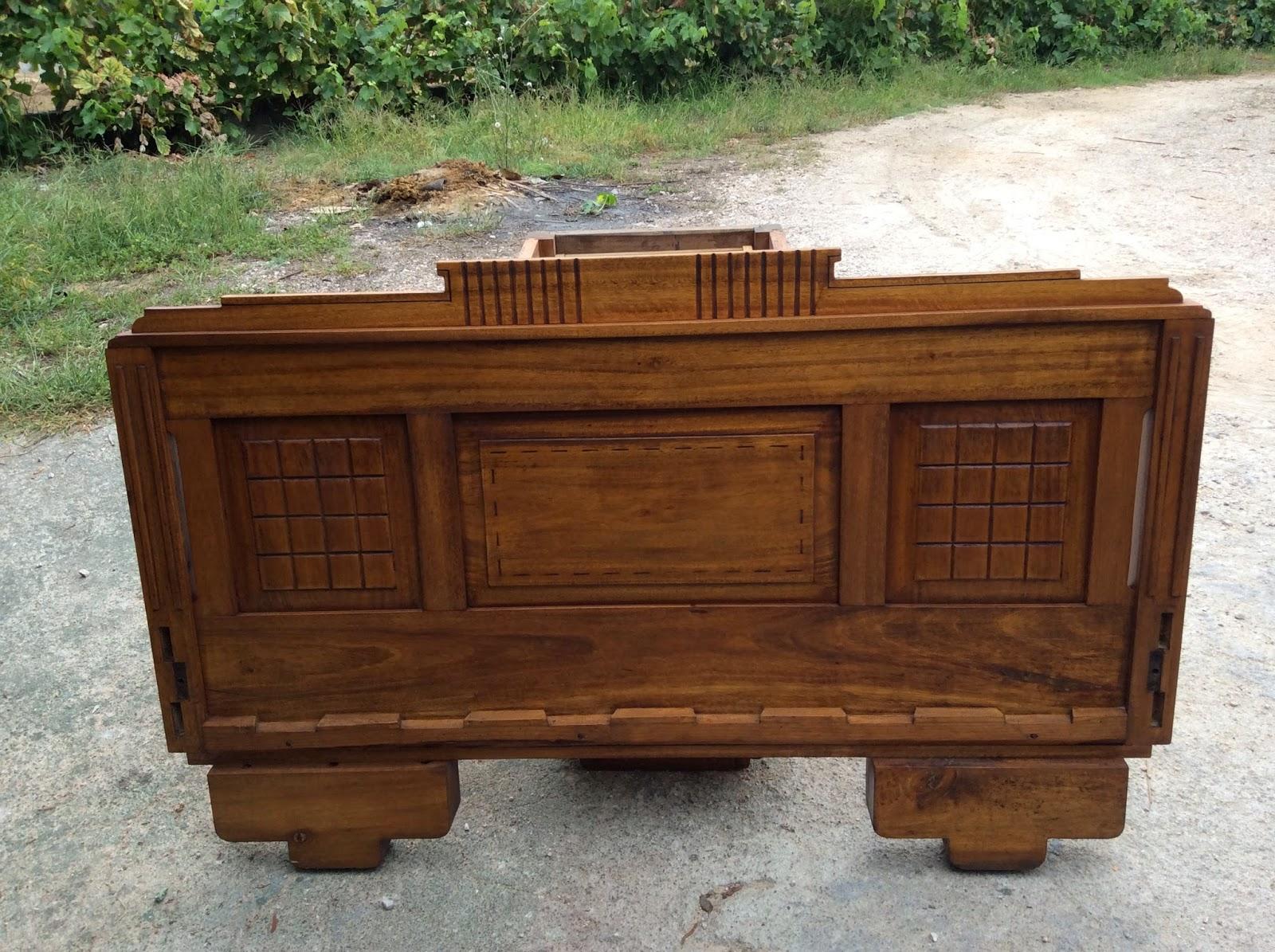 Restauro de Móveis antigos: Mobília de quarto 400§ #663B1E 1600x1195