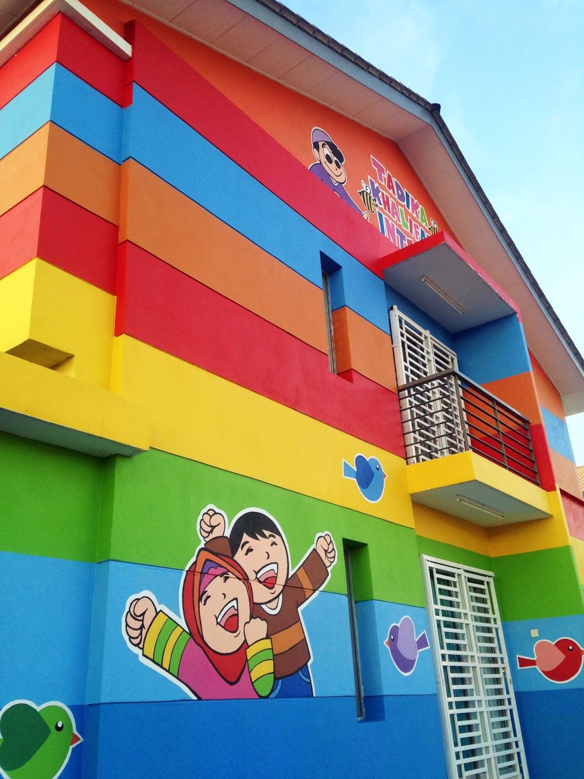 warna arts mural tadika khalifah intelek