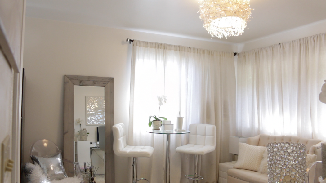 Glam White Living Room Ideas