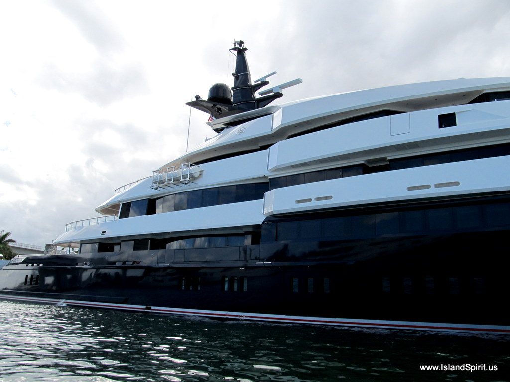 Island spirit sailing adventures yachts in fort for Motor yacht seven seas