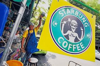 Starbucks kiện hàng rong vì nhái thương hiệu