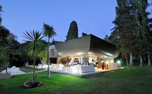 Dise o de casas fachadas de viviendas fotos e ideas de for Casas futuristas