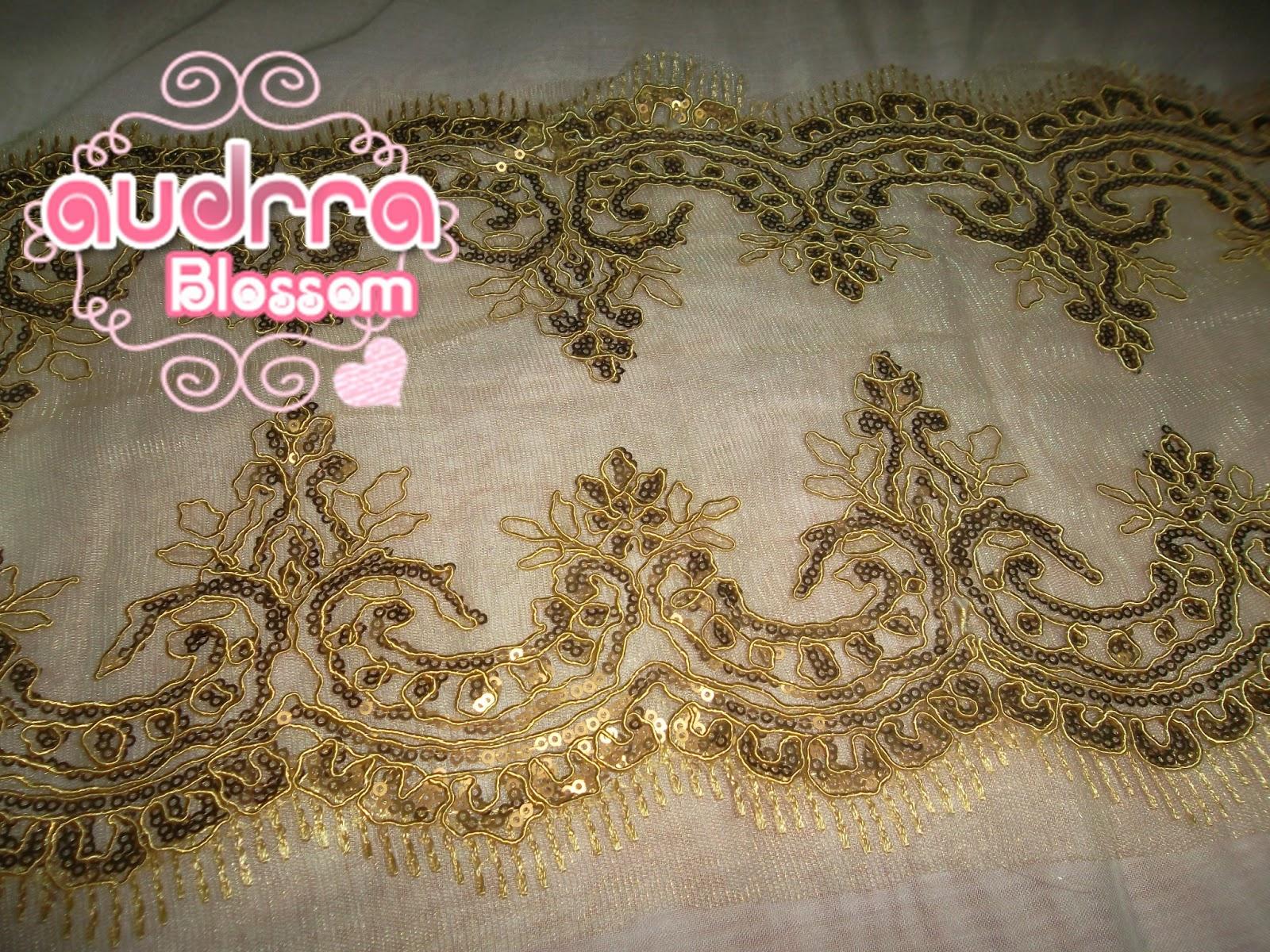 Border lace cantik warna soft gold RM 19 semeter.