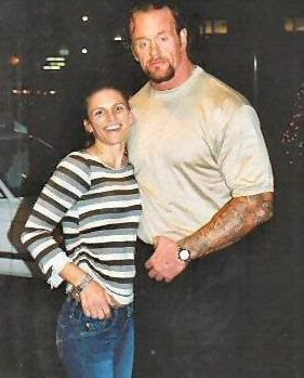 Fascinating Articles and Cool Stuff: The Undertaker Wife Unseen Pics