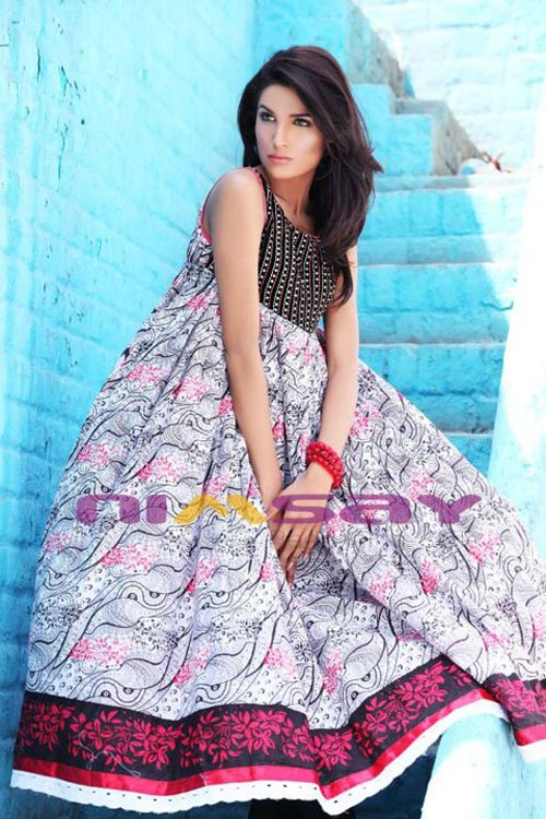 Nimsays Parsa Lawn  in Photos glamour images