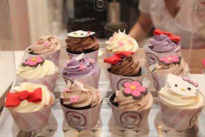 World's First Hello Kitty Spa In Dubai - Cafe cupcakes