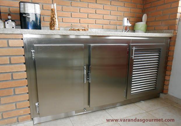 Balcão refrigerado de 2 portas em aço inox escovado