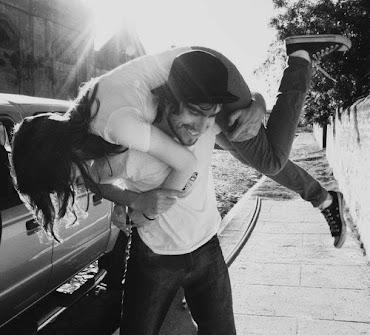 Lo mejor del mundo es un abrazo con sabor a estoy aquí, contigo y nunca te dejaré
