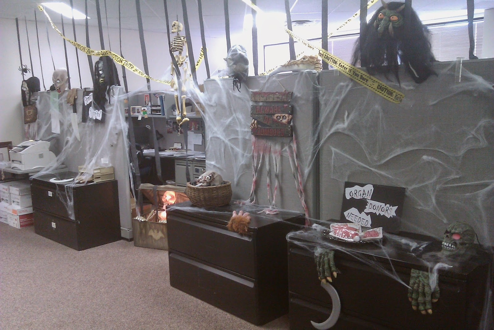 Halloween Decorating Ideas for The Office