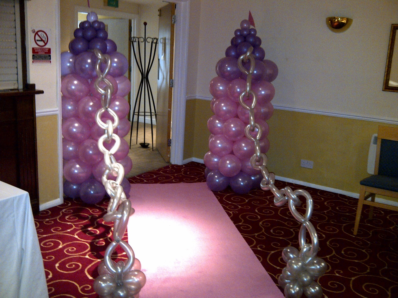 Welcome to party buds 39 balloon world professional for Princess dekoration