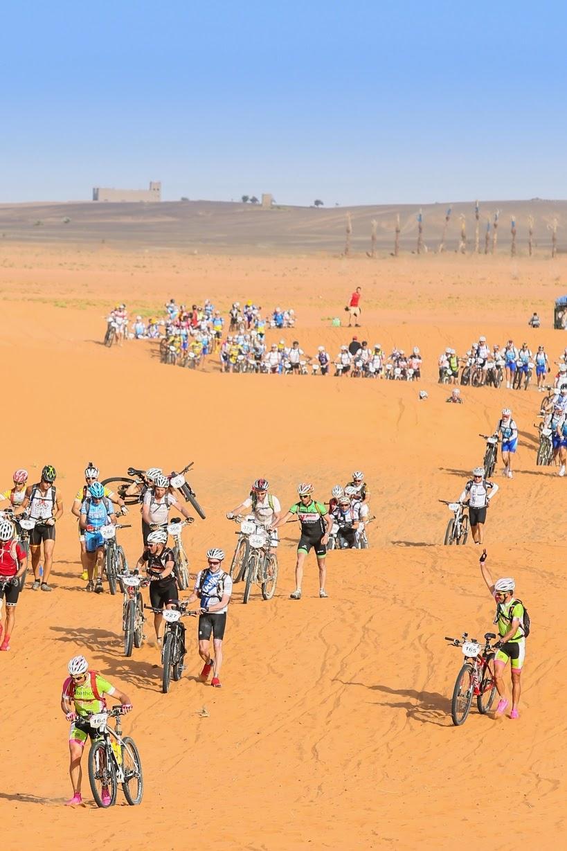 Salida-quinta-etapa-de-la-Titan-Desert