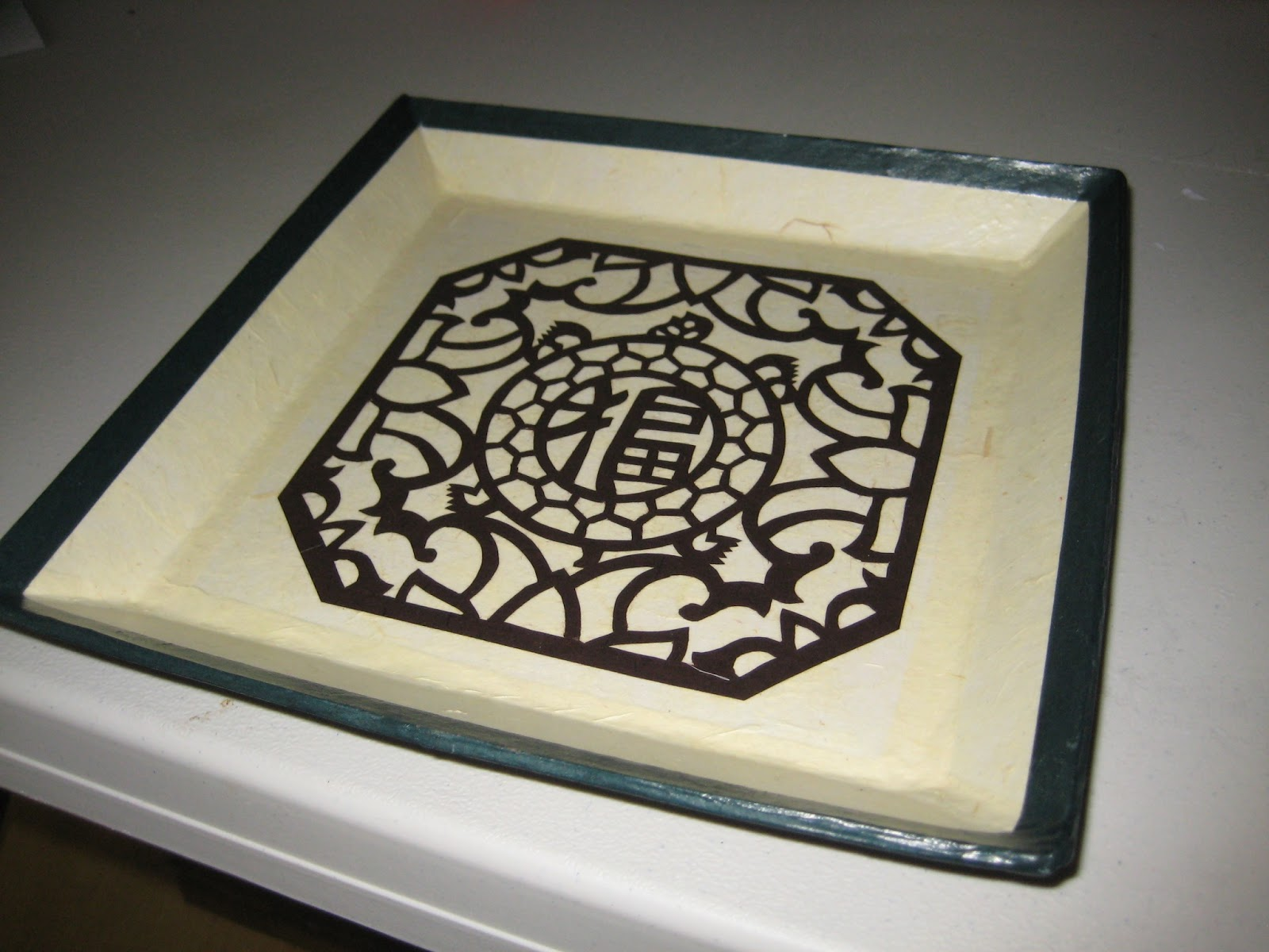 Hanji Naty (한지나티): Trays, Plates and Tea Tables for Square Plate Designs  186ref