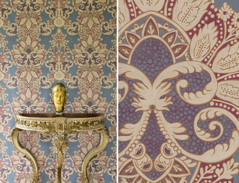 Rococo wallpaper in Heraldic colourway