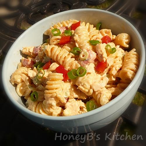 The Life & Loves of Grumpy's Honeybunch: Buffalo Chicken Pasta Salad