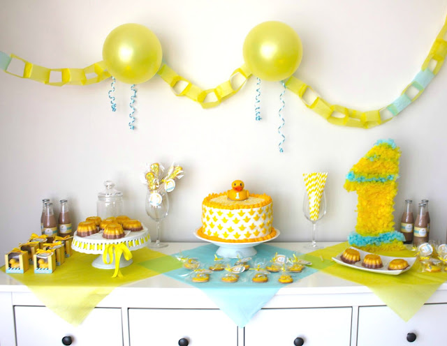 fiesta tematica pato amarillo
