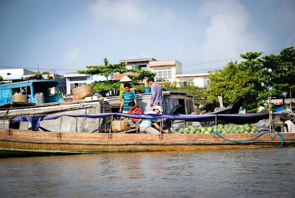 Mercados flotantes en Vietnam