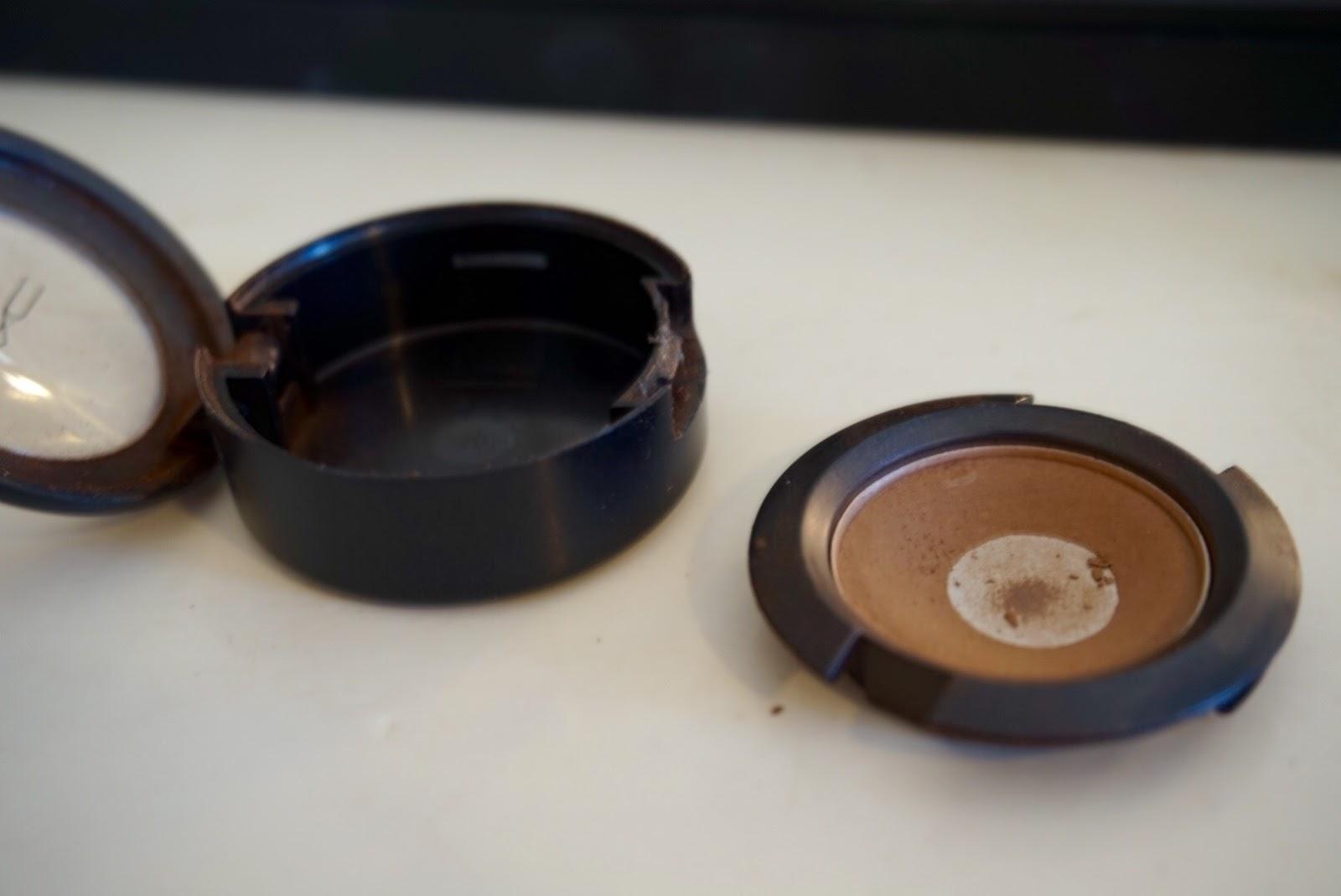 Mac Cork Eyeshadow Depot