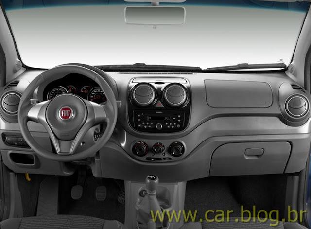 Novo Palio Attractive 1.4 2012 - interior / painel