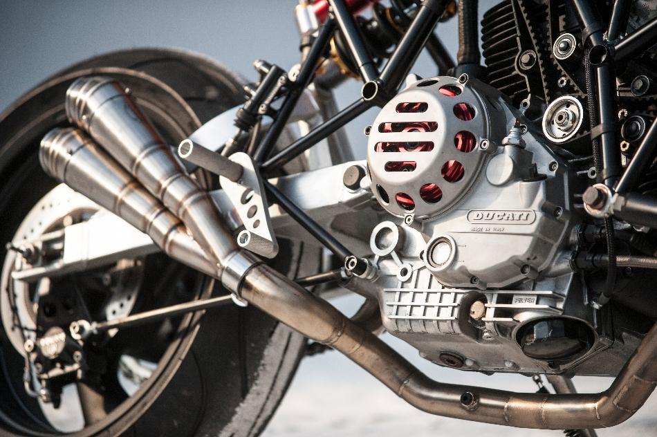 Custom Ducati 900SS Cafe Racer | Ducati 900 SS TT3 DIFAZIO | Hub-center steering