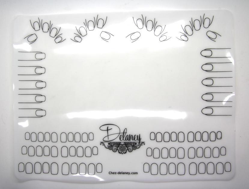 chez delaney. Black Bedroom Furniture Sets. Home Design Ideas
