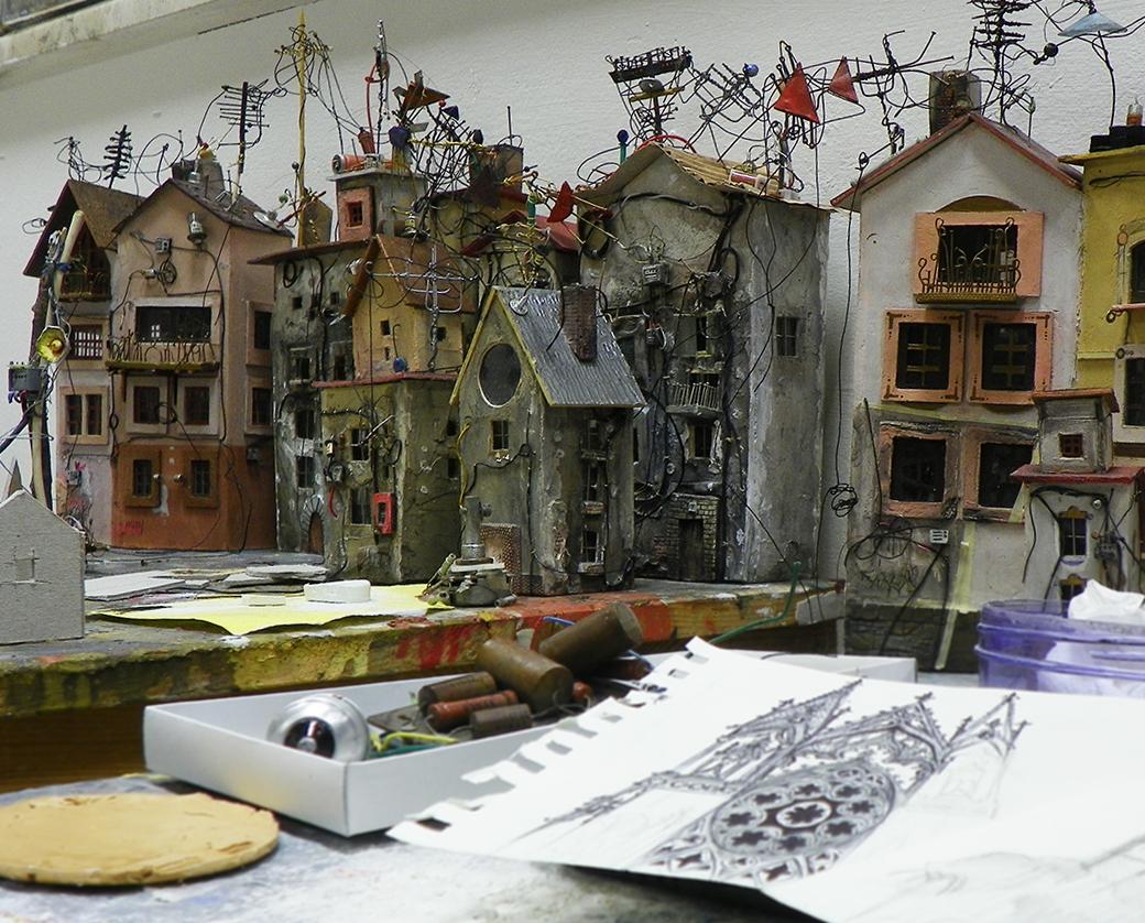 05-Katarina-Pridavkova-Fantasy-Architecture-in-Plaster-and-Clay-Town-www-designstack-co