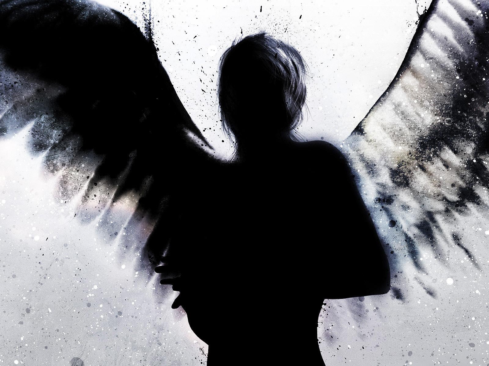 http://2.bp.blogspot.com/-e7RVRHMpGRU/TtksIvhQkuI/AAAAAAAABZg/yCTAmpQgCDY/s1600/dark-a.jpeg