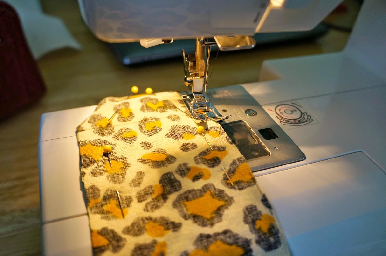 DIY Knotted Fabric Headbands hellokelcey.blogspot.com