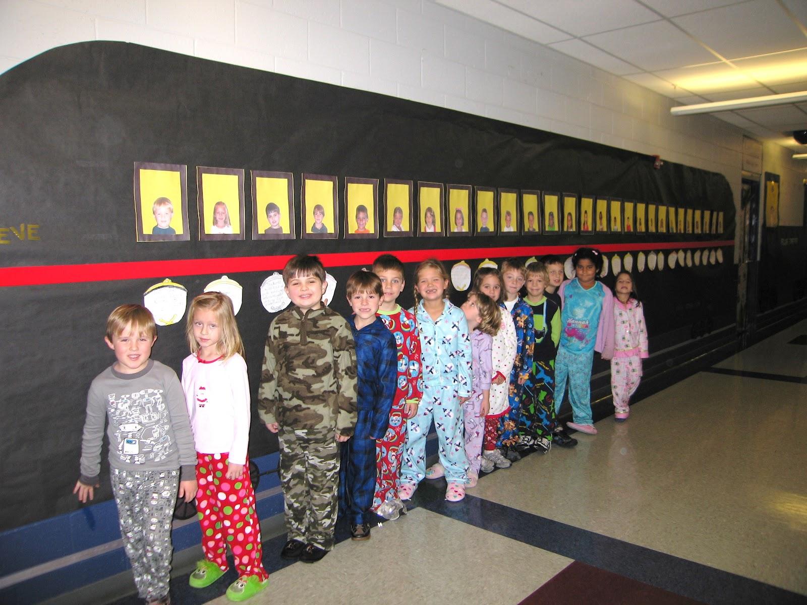 Polar Express Classroom Decoration Ideas : Mrs butterfield s first grade the polar express