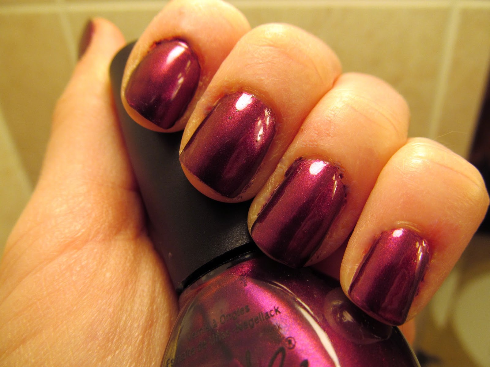 Glazed Over Beauty: Nicole by OPI - Di-Vine is Divine