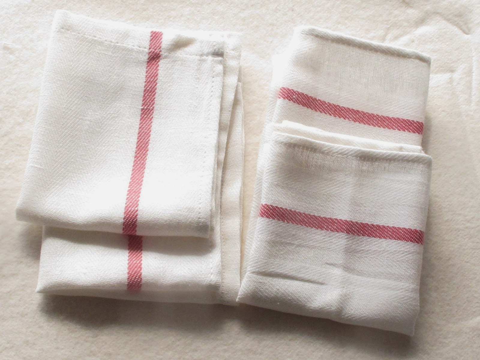 Superbe Then I Sewed Along The Edge Of Each Of My Newly Folded Hems, And Voila!  Four Cloths From Each Of The Tea Towels.