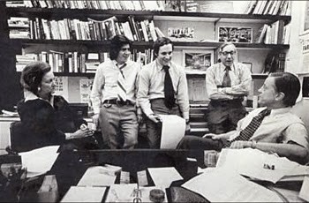 Katharine Graham, Carl Bernstein, Bob Woodward, Howard Simons y Benjamin Bradlee