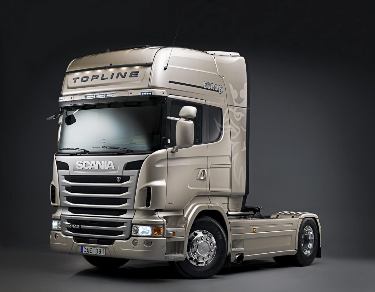 http://2.bp.blogspot.com/-e8Apcngj44U/TcqhxLAHXlI/AAAAAAAAARo/zBNMVcwBh-k/s1600/Scania+R+440+4x2+Topline+tractor+unit+Euro+6.jpg