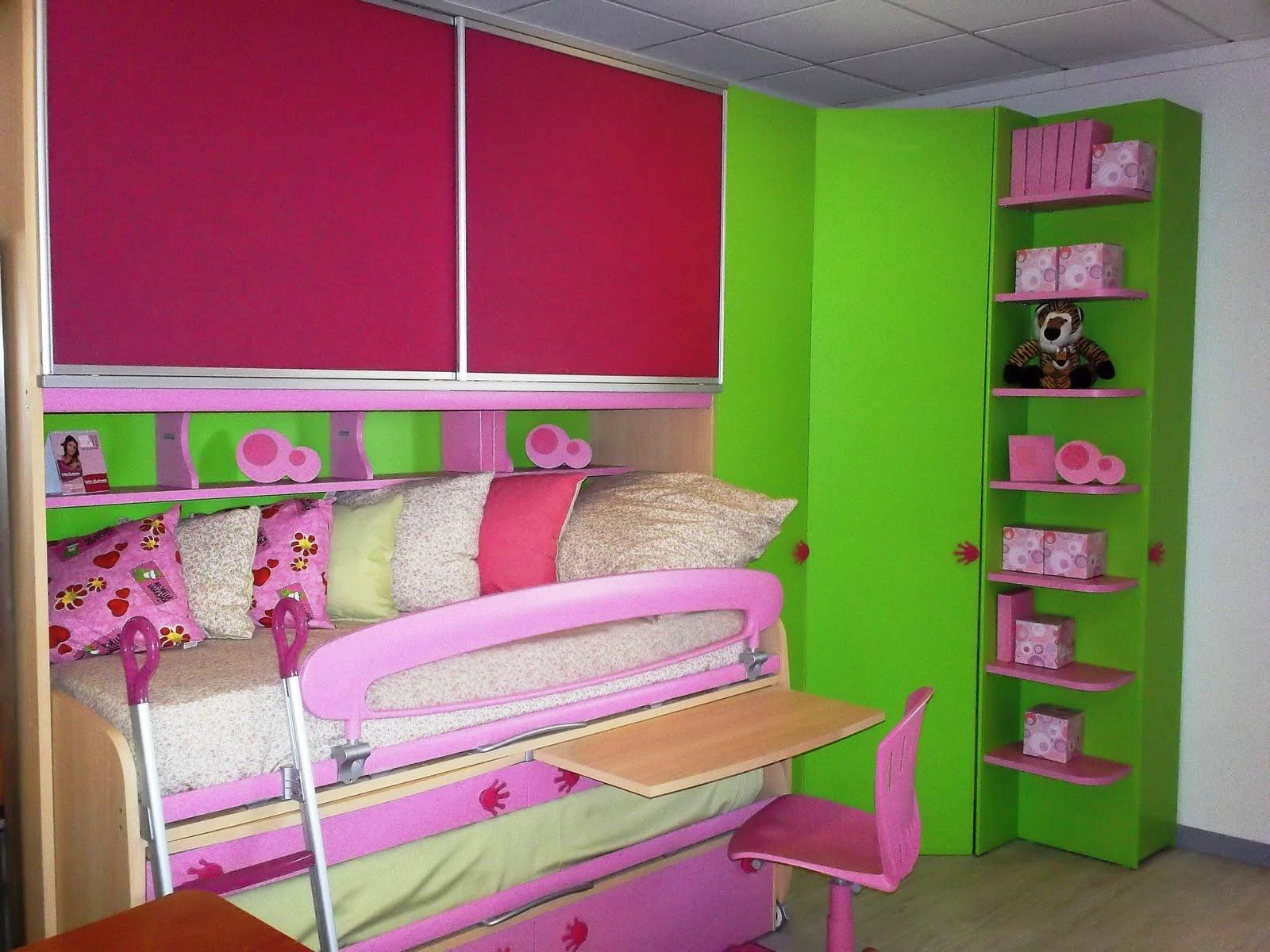 Centro camerette barbato cameretta ponte verde e rosa con for Cameretta rosa
