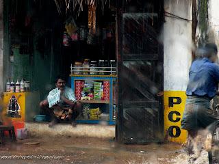 Karaikudi-Shop-Rainy-Day