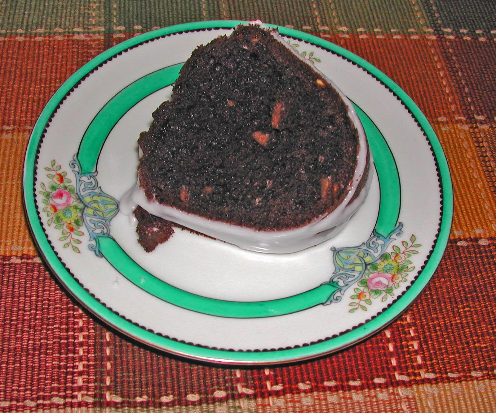 The Iowa Housewife: Chocolate Almond Pound Cake