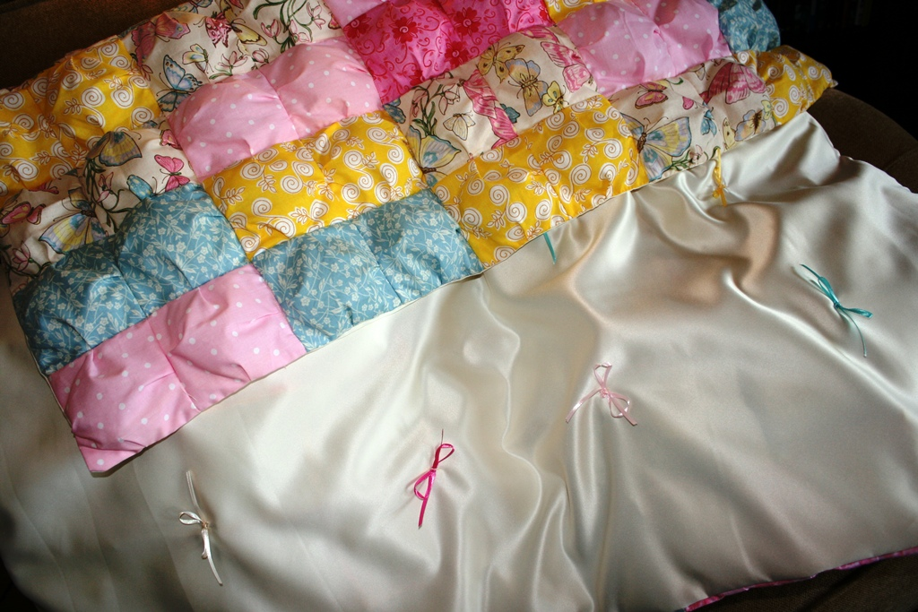 Buzzing And Bumbling Puff Or Biscuit Quilt Tutorial Part 40 Mesmerizing How To Make A Puff Quilt With Sewing Machine