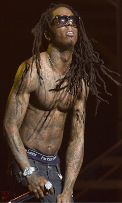 lil wayne shirtless on stage
