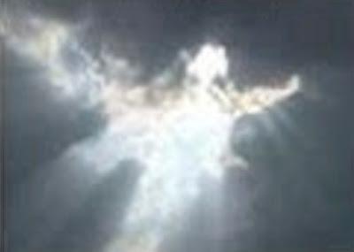 angel visto en el espacio