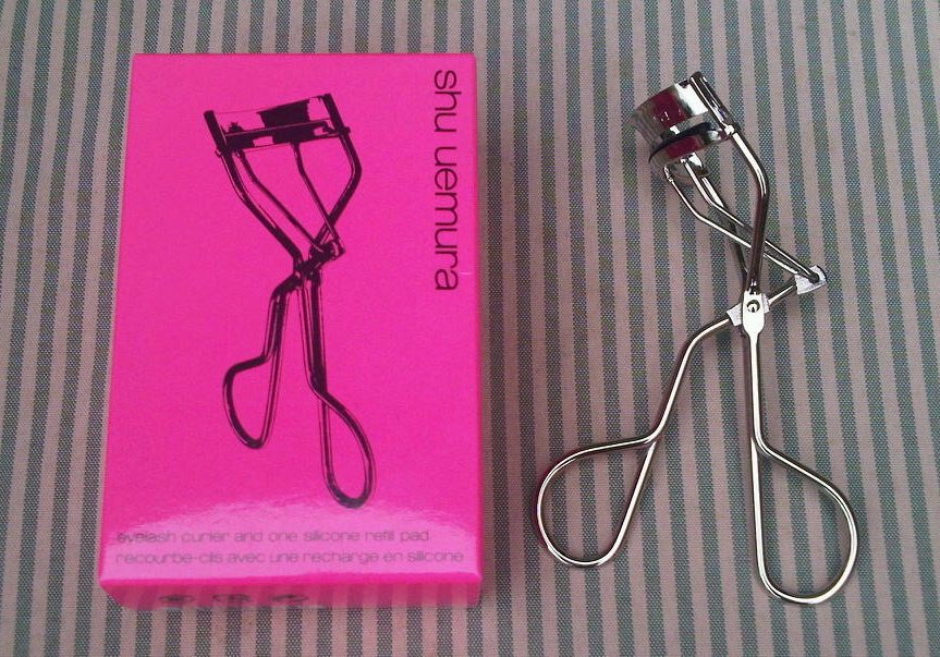 So Far So Chic Review Shu Uemura Eyelash Curler