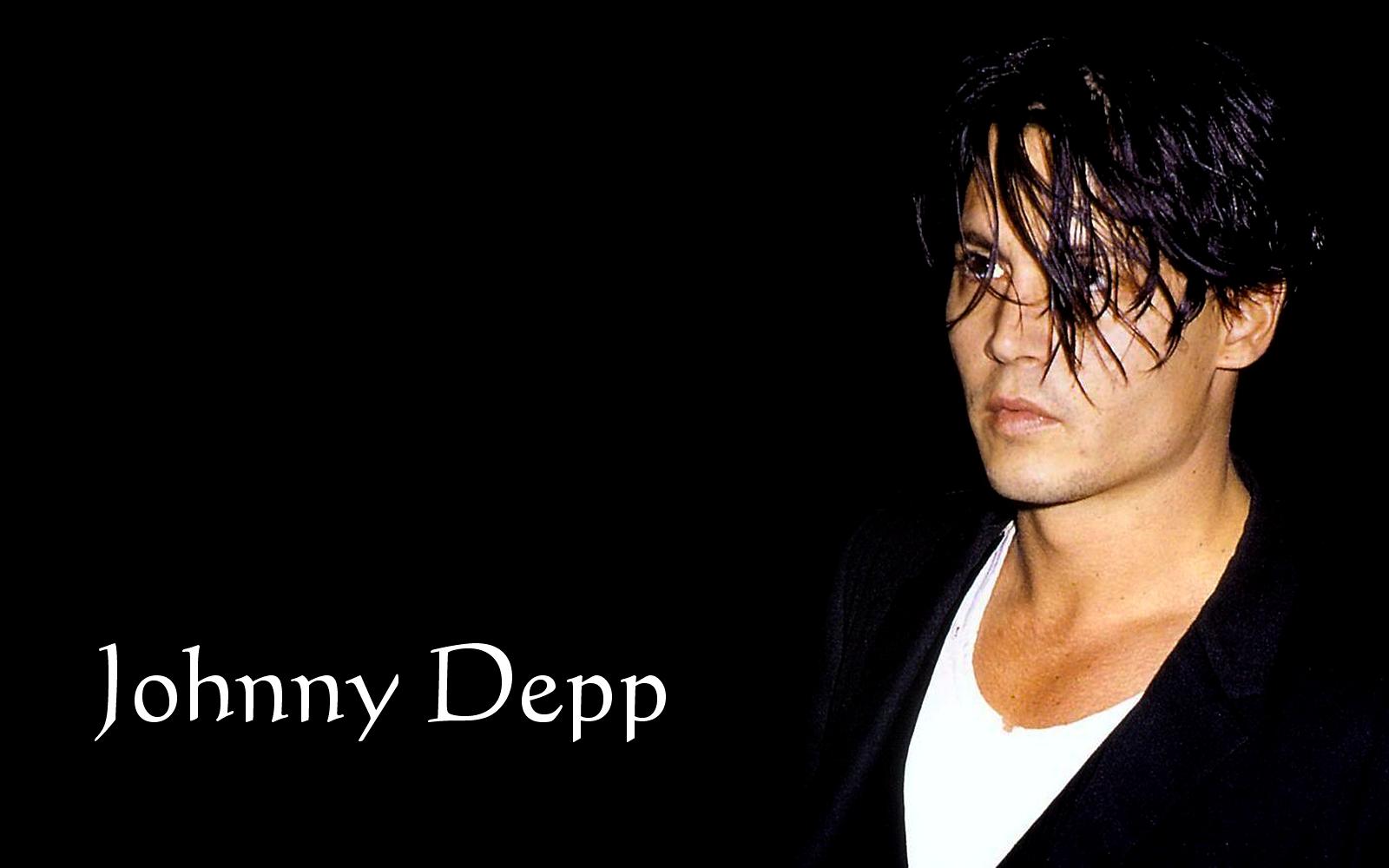 http://2.bp.blogspot.com/-e92nj-fjMgk/TzbX0W3sQqI/AAAAAAADVO0/n_2v3kwbSUw/s1600/Johnny%2BDepp%2BWallpaper%2B02.jpg