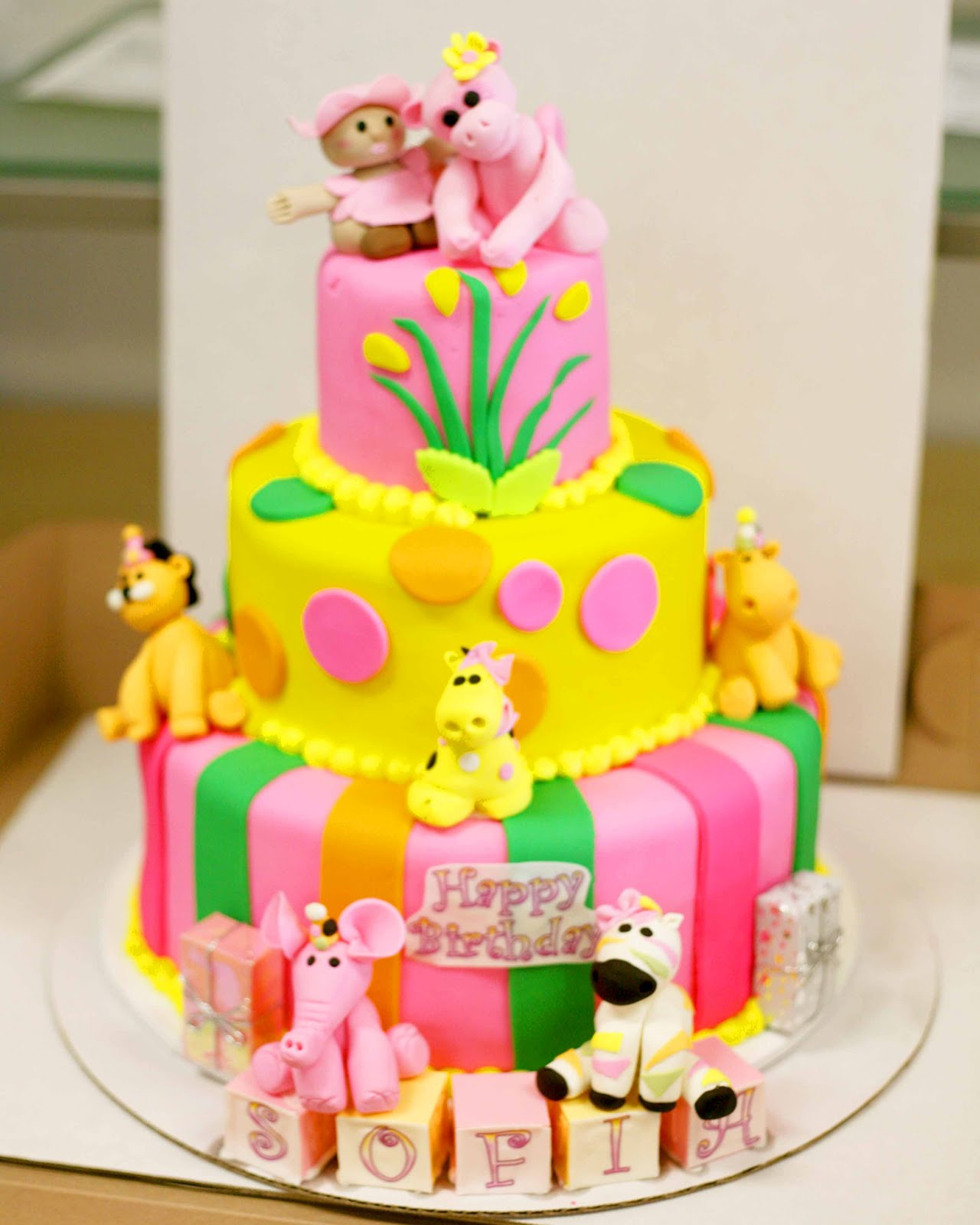 Baby Girl Safari Birthday Cake 1280 x 1600
