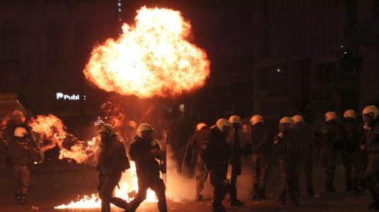 Τι θα συμβεί στη Ελλάδα τις επόμενες εβδομάδες; Τα σενάρια της Bank of America
