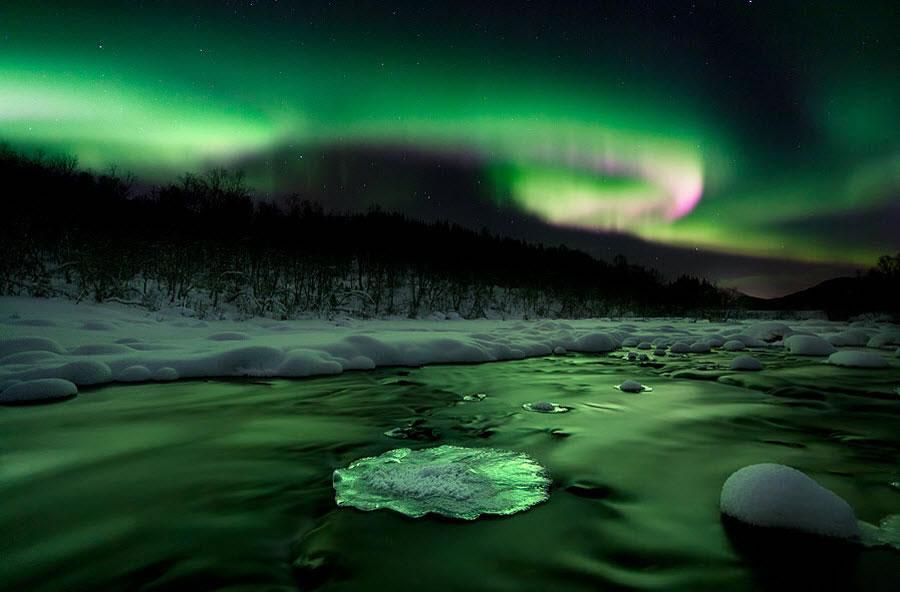 en g%C3%BCzel masa%C3%BCst%C3%BC resimler+%2842%29 2012 Yılının En Güzel Masaüstü Resimleri   Jenerik Fotoğraflar